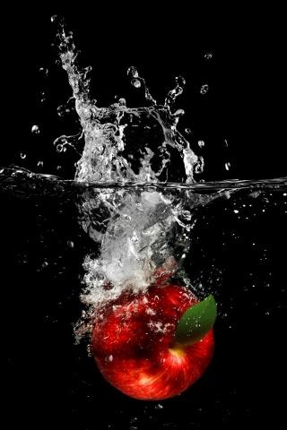 水でアップルのドロップ iPhoneの壁紙