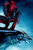 Spiderman auf Statue
