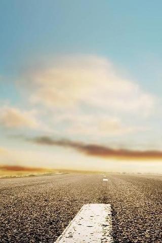 Lange Straße Ende im Himmel iPhone Wallpaper